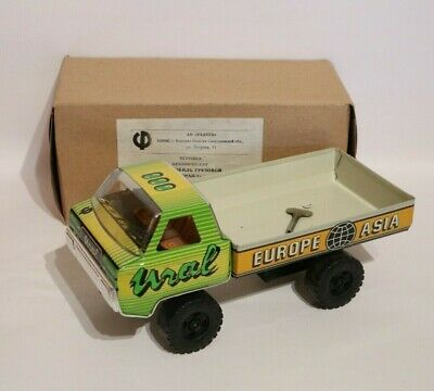 Russischer Blech LKW URAL Europe-Asia Russian Tin Truck W/UP NOS