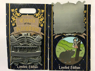 Disneyland Park 2019 The Jungle Cruise Crests of the KIngdom LE Disney Pin