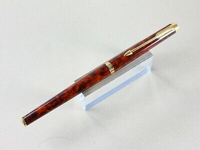 Parker 180 Fountain Pen In Thuya Lacquer With Fine/ Broad Nib And Gold Trim