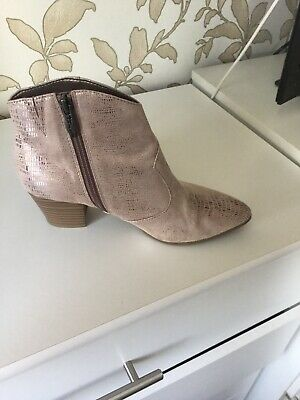 TAMARIS WOMENS LIGHT Pink Ankle Boots Size 5 £6.50