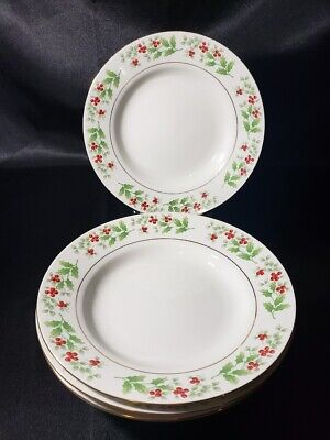 Gibson Christmas Charm Holly Berry Soup Bowls Set of 4