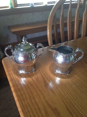 pairpoint silver quadruple plate new bedford Mass. sugar & creamer