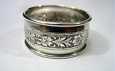 Lovely Vintage Towle Sterling Napkin Ring W/ Floral Band 14.1 Grams #87130