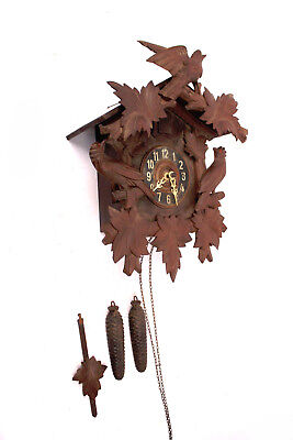 Antique Cuckoo Clock Schwarzwald Watch Wall 1934/35 Wooden M Carving