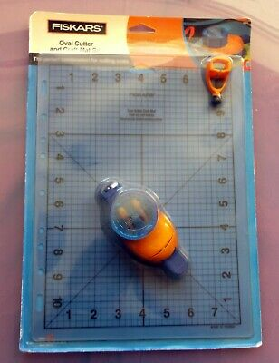 Fiskars Oval cutter and craft mat set, new in packaging
