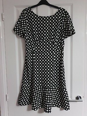 Next Smart Monochrome Black White Polka Dot Spot Floaty Short Sleeve Shift Dress