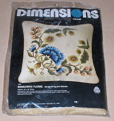 """1977 Dimensions / Pat Zitomer """"Renaissance Floral"""" Crewel Embroidery Kit 16x16"""""""