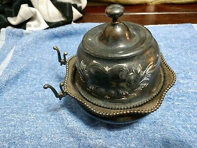 (#08) Antique BARBOUR SILVER CO. Quadruple Plate Covered Butter Dish