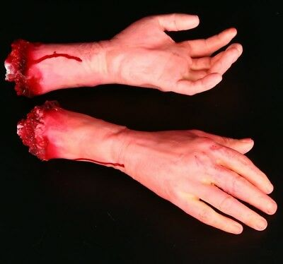 1PC L or R Halloween Realistic Terror Bloody Fake Severed Arm Hand Parts Props