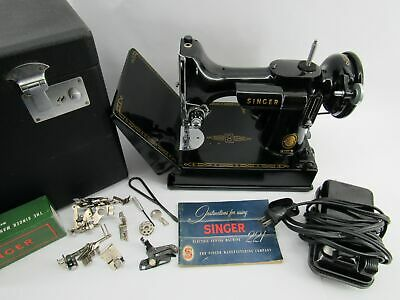 Beautiful 221 Singer Featherweight Sewing Machine w/Box & Accessories