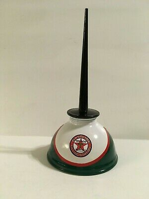 TEXACO Vintage Thumb Pump OIL CAN Gasoline Station Gas Spout Motor Star NICE