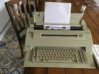 Olympia Comfort Memory Display Electronic Electric Typewriter Spares or Repair
