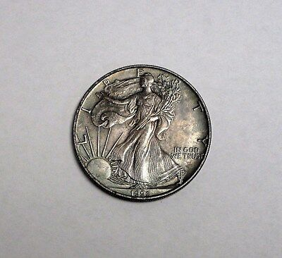Circulated 1992 Walking Liberty 1oz. Fine Silver Dollar Round