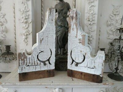 AWESOME PAIR Old Architectural CORBELS Nice SMALL SIZE Chippy WHITE PATINA