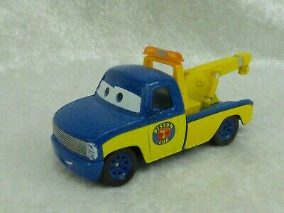 Disney Pixar Voiture CARS TRUCK TOM PISTON CUP METAL