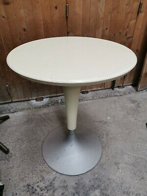 Table ronde Bistrot Guéridon , pied Tulipe STARCK Dr NA for Kartell . made Italy