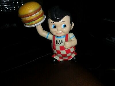Large Vinyl Frischs Big Boy Statue Bank Hamburger Classic Bobs Restaurant Figure