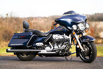 2012 Harley-Davidson Touring  2012 Harley-Davidson Street Glide FLHX 20,235 Miles Custom Paint Ton's of Extras