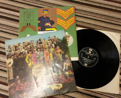 THE BEATLES Sgt Pepper's Lonely Hearts Club Band' Vinyl LP With Insert