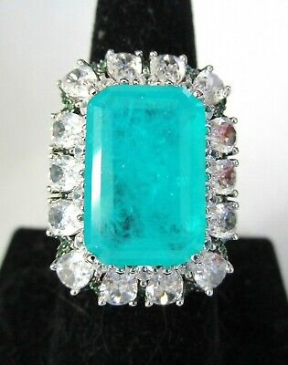 Stunning Green & Ice Stone Sterling Silver 925 Ring Size 8