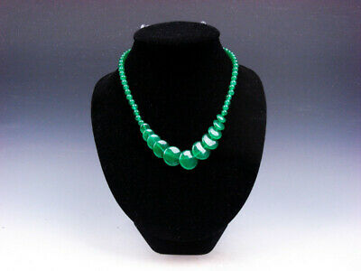 17 Inches Gorgeous Green Jade Crafted Flat Round Beads Lady's Necklace