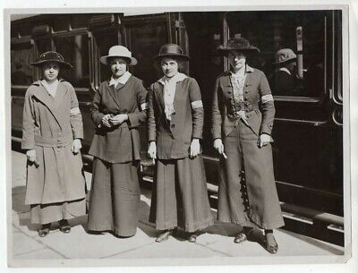 WWI Women Replacing Men as Ticket Collectors Paddington Station News Photo