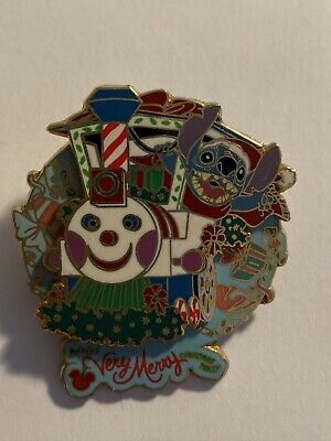 WDW Mickey's Very merry Christmas Party 2004 Stitch Disney Pin LE (B0)