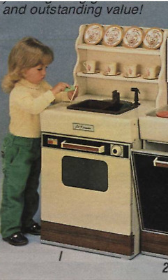1986 Vintage Sears Kitchen NEW Lil Kenmore oven sink hutch in box play toy 10016