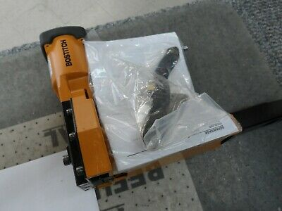 Bostitch DS-3219 Pneumatic Carton Closer Box Stapler Excellent Condition w/ Acc.