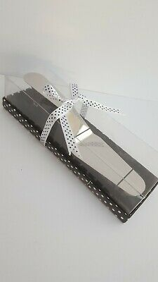 Stainless Steel 'Shoe' Cake Server with Magnetic Heel Rest: Gift Boxed