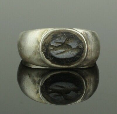 "ANCIENT ROMAN SILVER INTAGLIO RING ""MERCURY"" - 2nd Century AD"