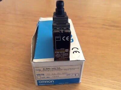 Omron E3M-VG16 Colour Mark Sensor