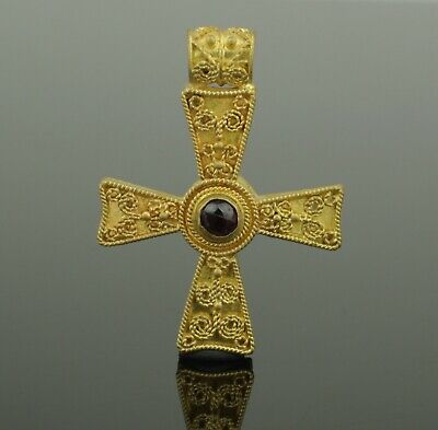 LOVELY ANCIENT ROMAN BYZANTINE GOLD & GARNET CROSS CIRCA  6th-9th Century AD 011