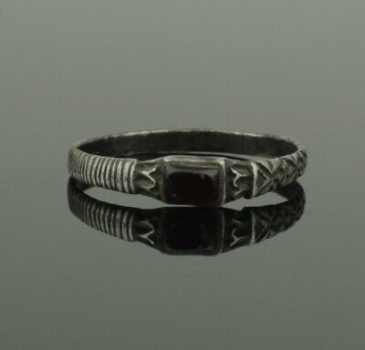 Superb Ancient Medieval Silver Ring With Garnet - Circa 14Th C Ad