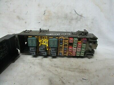Jeep Grand Cherokee Fuse Box Relay Junction Block 99 00 01 02 03 04 1999-2004