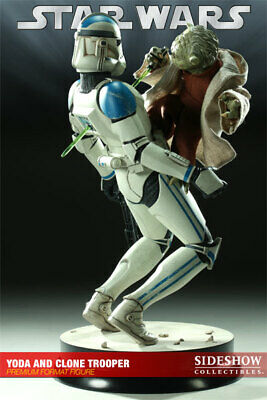 Sideshow Star Wars Yoda and Clone Trooper Premium Format Figure/Statue