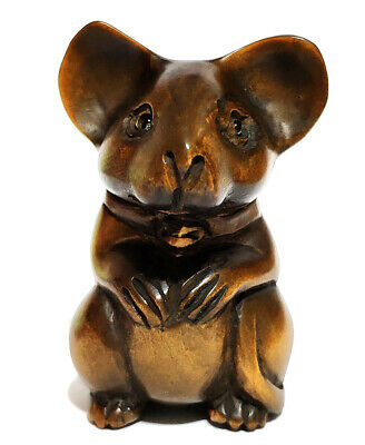 "Y6433 - 2"" Hand Carved Boxwood Netsuke : Lovely Mouse"