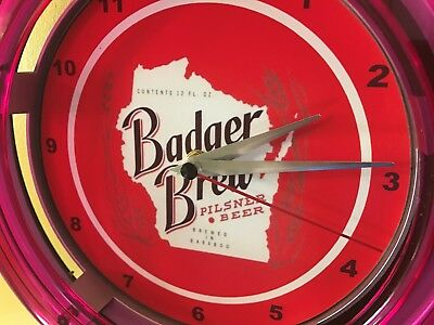 Badger Brew Wisconsin Beer Bar Advertising Man Cave Neon Wall Clock Sign