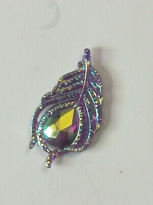 Needle Minders for Crosstitch Needle Keeper Magnetic Needle Hold  Purple Feather