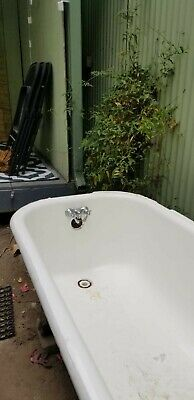 Vintage Cast Iron Claw Foot Tub. No rust, one leg missing - Self pick up