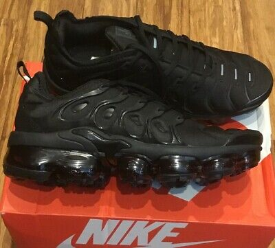 Nike Air Vapormax Plus Triple Black Dark Grey 924453-004