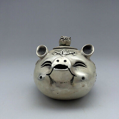 Chinese folk collection of handmade Tibetan silver The pigs.
