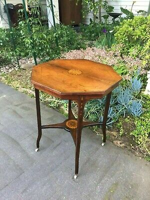 Beautiful Antique Victorian Rosewood Side / Lamp / Occasional Table!