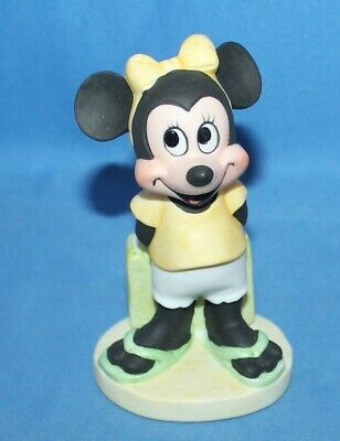 Vintage Disney Gift-Ware Minnie Mouse At The Beach Bisque Porcelain Figurine 4""