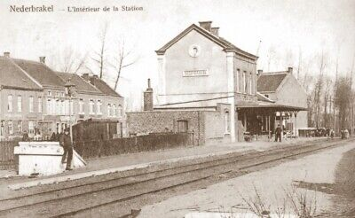 Reproduction photo d'une carte postale de la gare de Nederbrakel