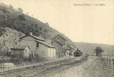 Reproduction photo de la carte postale de la gare de Gendron -Celles