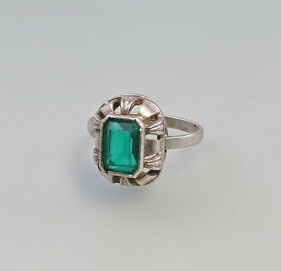 8325210 Antique Ring with Emerald Green Stone Silver Handmade Gr.54