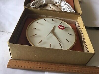 VINTAGE 1950s working 220v BOXED  SMITHs WALL CLOCK. original sticker on glass