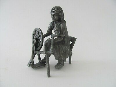 Daalderop  Holland Perter figurine of a girl at a spinning wheel