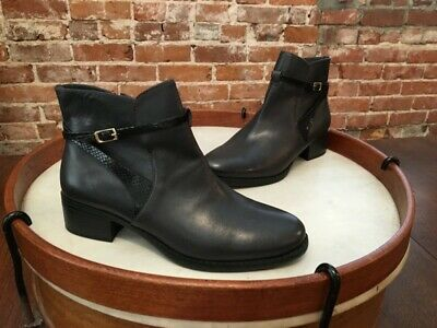 Isaac Mizrahi Quik Black Leather Wrap Strap Buckle Ankle Boot NEW